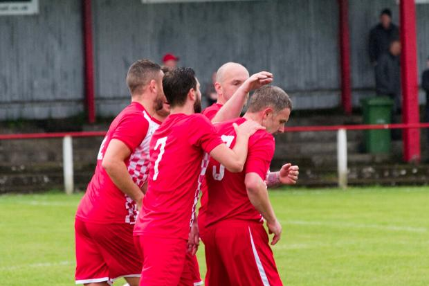 Neilston battled their way into last eight of Junior Cup