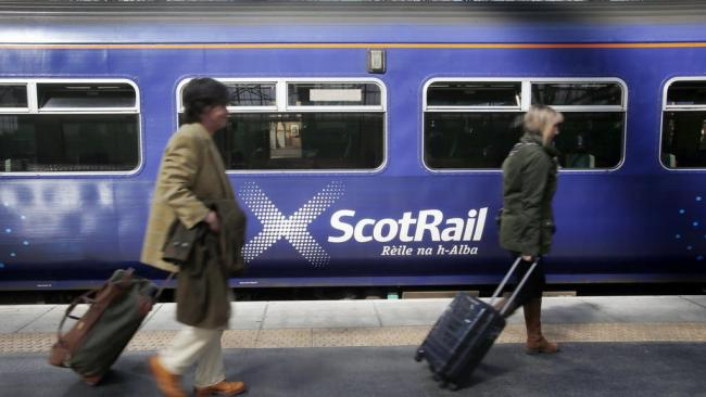 ScotRail offers students discount to get home for Christmas with 'surge' in travel expected
