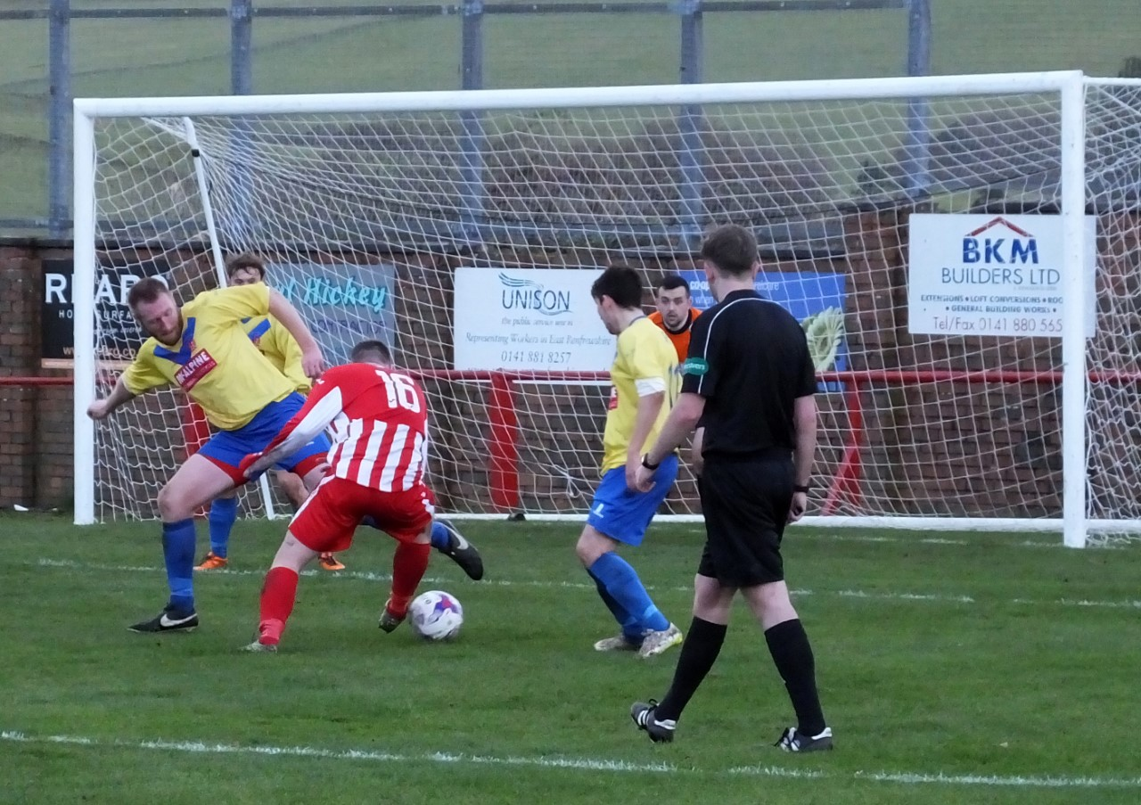 A last ditch challenge keeps Neilston at bay