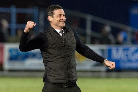 Jack Ross chooses to stay at St Mirren after Barnsley talks