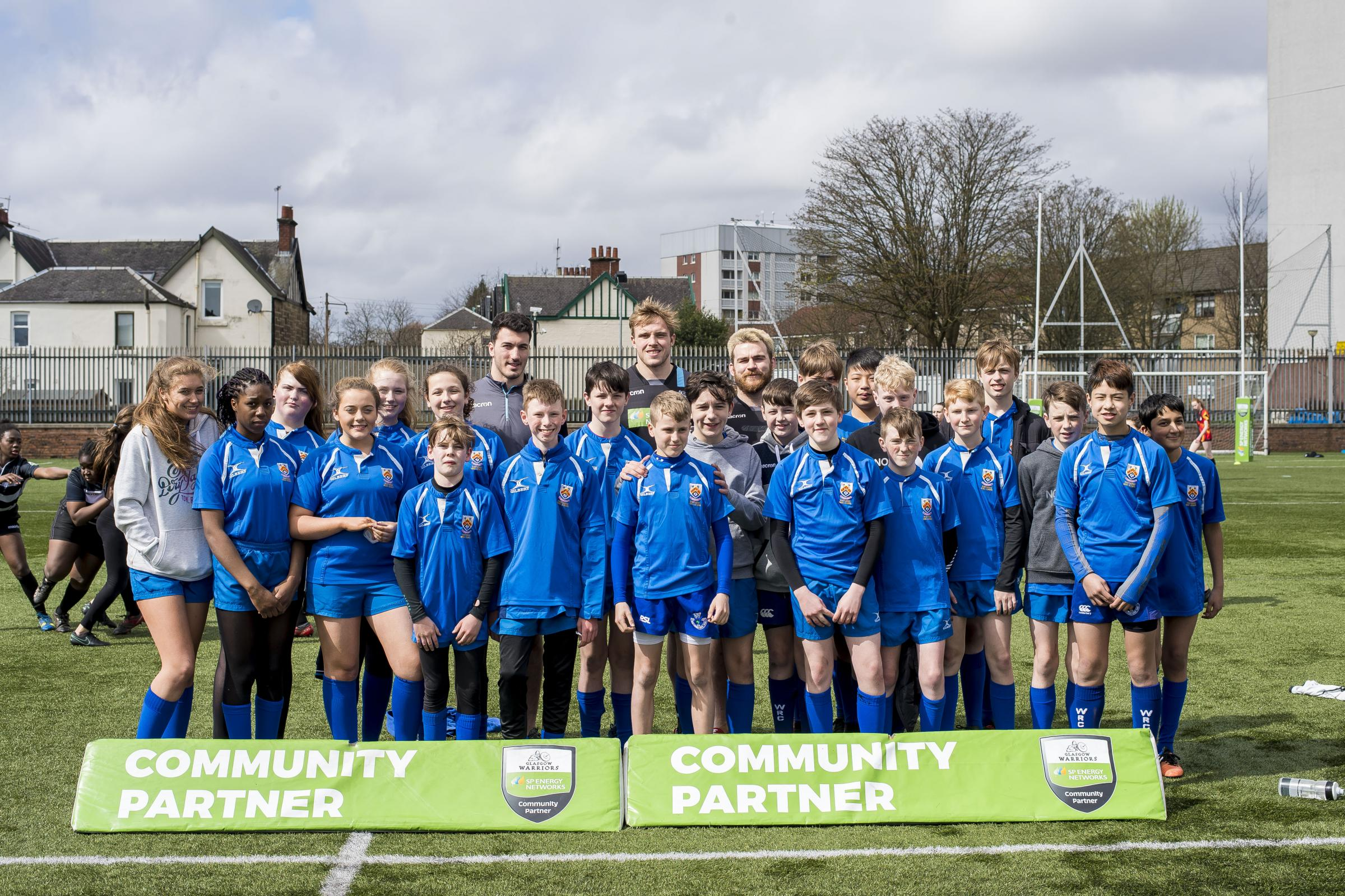 The Eastwood High pupils who took part in the SP Energy Networks Warriors Championship at Scotstoun, pictured with Glasgow Warriors players Leonardo Sarto, Jonny Gray and Darcy Rae    (All pics © Craig Watson)
