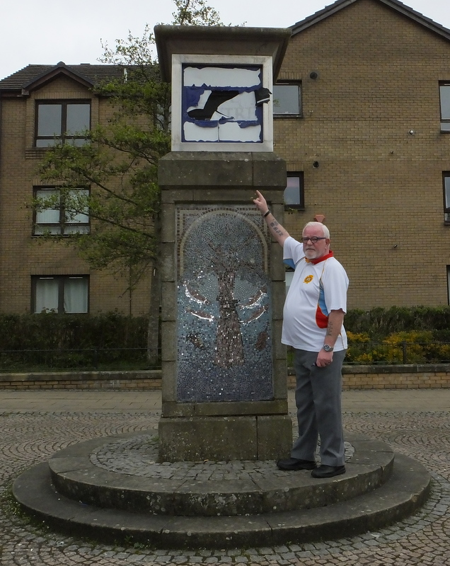 Harry Sinclair at the Centre monument