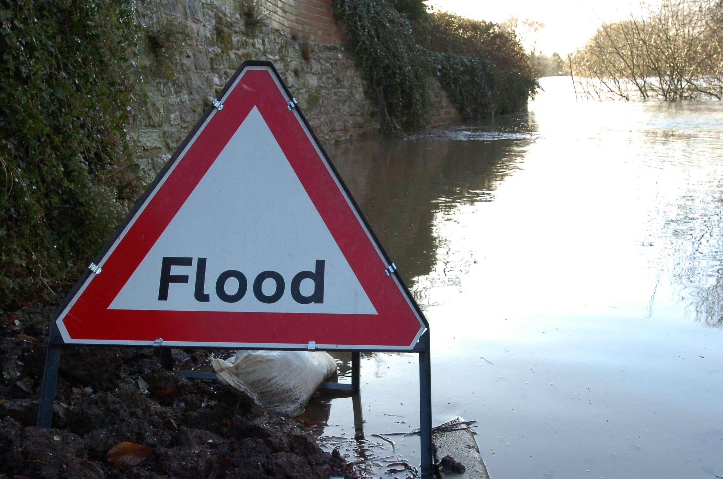 Experts have said a number of areas in Renfrewshire and East Renfrewshire are prone to flooding