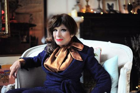 Barrhead News: CLASSY: Fenella Fielding will be reading excepts from her memoir, 'Do You Mind If I Smoke?'       Picture: ETIENNE GILFILLAN
