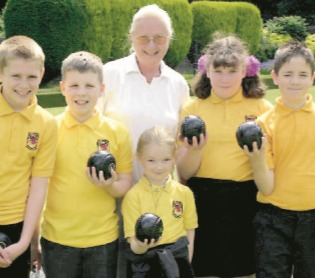 St Mark's Primary pupils gave their coaches a bowl for their money