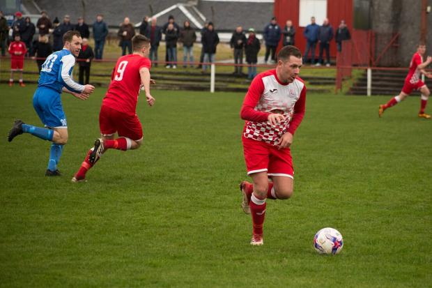 Barrhead News: Neilston secure third win on the bounce with 4-0 Cumbernauld demolishing