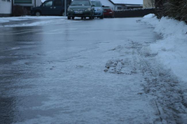 Ice on the way as weather warning issued
