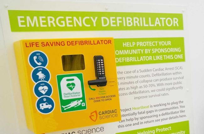 Barrhead defib campaign takes major step forward thanks to charity