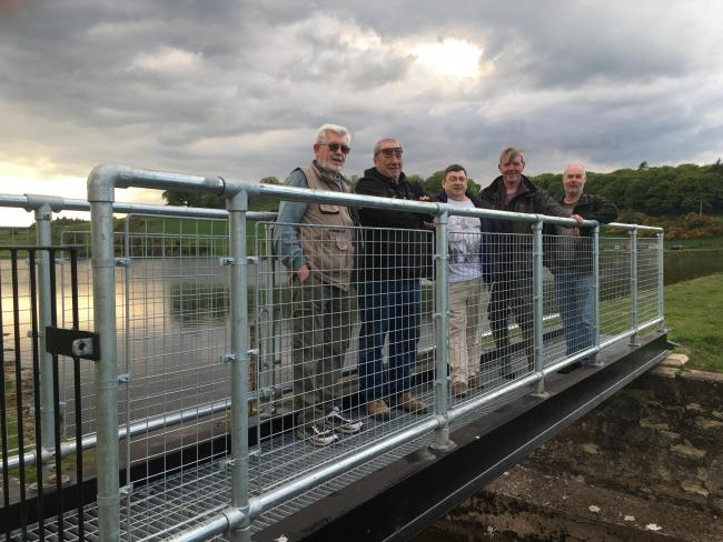 Anglers get their hooks into bridge project